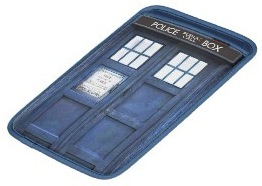Doctor Who Tardis laptop sleeve for the macbook air