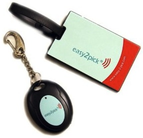 Easy-2-pick luggage tag for wireless communication with you bag.