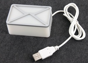 USB email and webmail notifier light